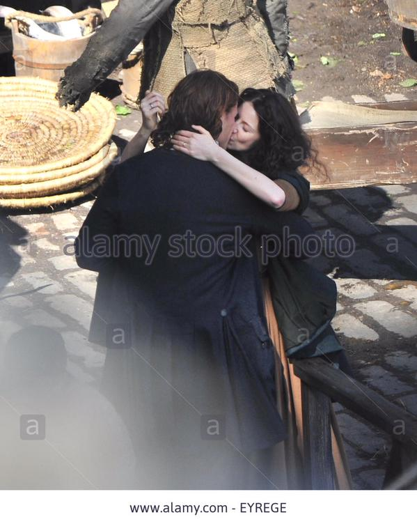 New/Old* Tagged Pics of Sam and Cait Filming Outlander S2 (June 2015
